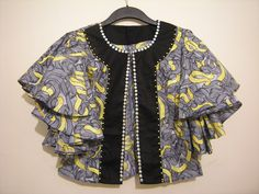 need one of these in my wardrobe African Blouses, African Tops, African Dresses For Women, African Attire, African Wear, African Fashion Dresses, African Women, Nigerian Fashion, African Print Dress Designs