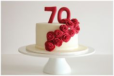red roses cake by Lume Brando, via Flickr
