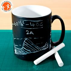 ¿Necesitas tomar un recado mientras tomas tu café? Escríbelo en tu tazón pizarra promocional