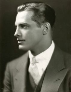 The Vintage Life — vintagehandsomemen: Kane Richmond, Early. Vintage Hollywood, Classic Hollywood, Hollywood Men, Vintage Beauty, Vintage Men, Vintage Fashion, Vintage Gentleman, Photos Originales, Hommes Sexy