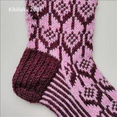 Kikiliakii neuloo - Vuodatus.net - Socks, Fashion, Moda, Fashion Styles, Sock, Stockings, Fashion Illustrations, Ankle Socks, Hosiery