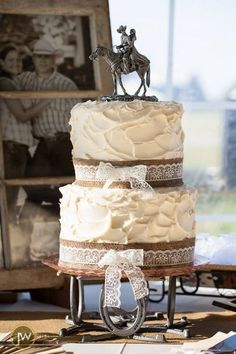 minus the cake topper Country Wedding Cake! Photoprahpy by Josh Willerton Photograpy Western Wedding Cakes, Western Cakes, Country Wedding Cakes, Cowgirl Wedding, Country Style Wedding, Themed Wedding Cakes, Wedding Cake Rustic, Wedding Cakes With Cupcakes, Rustic Cake