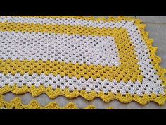 Crochet Table Mat, Crochet Placemats, Crochet Designs, Crochet Patterns, Granny Square Blanket, Crochet Flowers, Diy And Crafts, Projects To Try, Home Decor