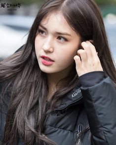 "Jeon Somi 전소미 di Instagram ""somi otw to immortal song filming 🎼 © lovely_somisomi - - - also follow my other accounts @yoon.chaekyung @got17dan"" Jeon Somi, Oppa Gangnam Style, Cute Girl Pic, Asian Celebrities, Pretty Asian, Interesting Faces, Tumblr Girls, Ulzzang Girl, South Korean Girls"