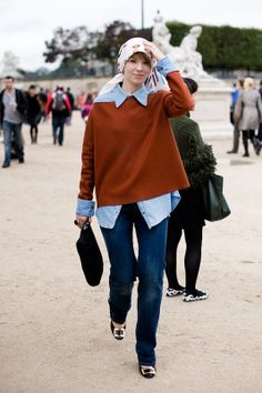 Vika Gazinskaya | Vanessa Jackman | Paris Fashion Week SS 2011