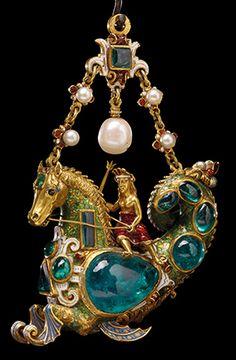 Gold Pendant Set w/ Cabochon Jewels & Pearls - Late Century, Spain. The British Museum, London Renaissance Jewelry, Ancient Jewelry, Antique Jewelry, Vintage Jewelry, Victorian Jewelry, Custom Jewelry, Emerald Jewelry, Gold Jewelry, Fine Jewelry