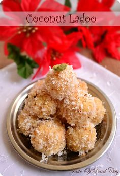 Coconut Ladoo / Coconut Truffles