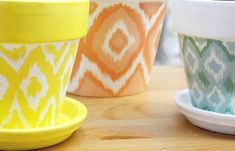 how to paint a pot ikat.... I tried this and it's surprisingly easy! Yay...