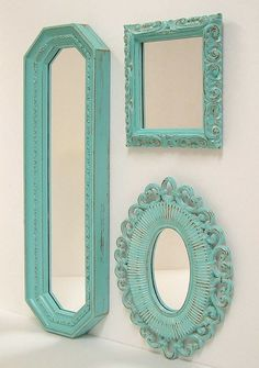 Superb Paint old mirror frames in turquoise to add brightness to your room. The post Paint old mirror frames in turquoise to add brightness to your room…. Tiffany Blue Bedroom, Old Mirrors, Painted Mirrors, Decorative Mirrors, Azul Tiffany, Mirror Painting, Mirror Wall Collage, Shades Of Turquoise, Turquoise Room