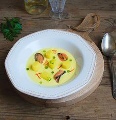 Gnocchi saffron mussels - Ñoquis al azafrán con mejillones