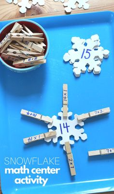 Snowflake Clips - This great homeschool or math center activity is perfect for winter. Practice math facts with a little novelty and winter theme. Teaching Activities, Winter Activities, Teaching Math, Fun Learning, Classroom Activities, Montessori Math, Preschool Math, Kindergarten Math, Activity Centers