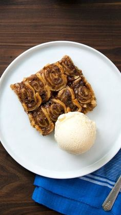 Made with apples, pie dough, brown sugar and cinnamon, this is part apple pie, part cinnamon roll and all incredible.
