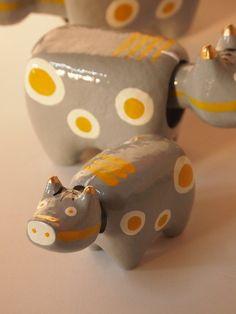 会津張子 Japanese Toys, Japanese Art, Japanese Colors, Traditional Toys, Turning Japanese, Cute Little Things, Happy Art, Pretty Art, Wood Sculpture