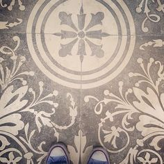 When it's nicer to look down than up  #luxembourg #fromwhereistand #fromwhereilookdown #fatwproject #tiles #tilesofinstagram #ihavethisthingwithtiles #tileaddiction #tileaddict #instatile #mosaic #azulejo #ihavethisthingwithfloors #floors #floorselfie #floorwork #flooring #flooraddict #instafloor #converseallstar #chucks #chucksconnection #chucktaylor #bemindful #wander #wanderer #wanderluster #wanderlust #wanderlustdiaries #lunasdiaries by luna_seeker