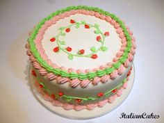 Torta decorata in ghiaccia reale by ItalianCakes. Birthday cake by ItalianCakes