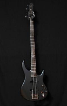 Mørch Guitars - Bass