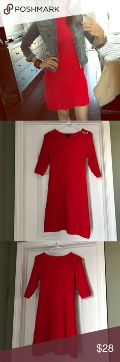 Red 3/4 length sleeve sweater dress Cozy and easy red 3/4 length sleeve sweater dress with gold button detailing on one shoulder. Goes great with a jean jacket or on its own. Worn once; perfect condition. Size medium, but fits more like a small/4 in my opinion. Perfect for Spring! 💐 H&M Dresses Midi