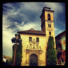 Iglesia De Santa Ana Y San Gil (Monument National) S.XVI en Granada, Andalucía