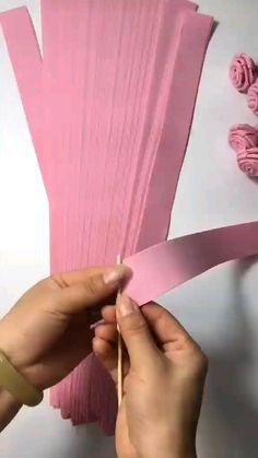 Diy Crafts To Do, Diy Crafts Hacks, Diy Arts And Crafts, Creative Crafts, Paper Flowers Craft, Flower Crafts, Diy Flowers, Recycled Paper Crafts, Paper Crafts Origami