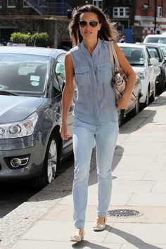 Pippa donned faded skinny jeans while out and about in London.