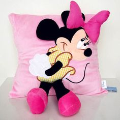 New Staffed Animal Pillow Cushion Cute Mickey Mouse and Minnie Mouse Plush Toys Gifts for KIds Girls valentines lovers Birthday Natal Do Mickey Mouse, Minnie Mouse Toys, Cute Mickey Mouse, Mickey Mouse Christmas, Gifts For Old People, Gifts For Kids, Animal Cushions, Little Pony Birthday Party, Cute Pillows