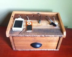 Recycled Pallet Charging Station. LOVE THE DRAWER PULL.