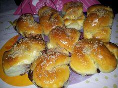 Romanian Desserts, Tortellini, Hot Dog Buns, Hamburger, Deserts, Appetizers, Bread, Recipes, Food