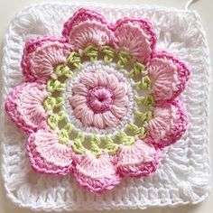 Transcendent Crochet a Solid Granny Square Ideas. Inconceivable Crochet a Solid Granny Square Ideas. Crochet Flower Squares, Crochet Squares Afghan, Crochet Blocks, Granny Square Crochet Pattern, Crochet Flower Patterns, Crochet Motif, Crochet Yarn, Crochet Flowers, Crochet Beanie