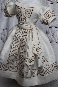 Beautiful dress  for antique French fashion doll 18''.(1860years)