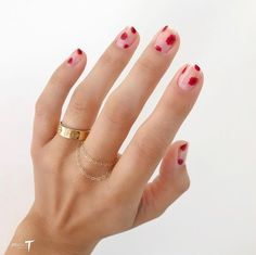 Chic + Cheeky Nail Art Ideas for Your Bridal Manicure Nails nail stickers Nail Art Simple, Cute Nail Art, Cute Nails, Pretty Nails, Spring Nail Art, Spring Nails, Summer Nails, Minimalist Nails, Nail Manicure