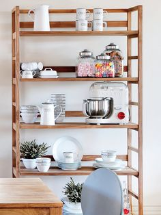 Kitchen Room Design, Home Decor Kitchen, Kitchen Furniture, The Home Edit, Wooden Projects, Kitchen Shelves, Kitchen Organization, Home And Living, Bedroom Decor