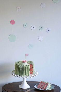 pretty rose cake with wall confetti #cococakeland