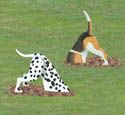 Diggin Dogs Wood Yard Art Outdoor Lawn Decorations Dog Digging, Dalmatian and Beagle - Gartenkunst Wood Yard Art, Wood Art, Wooden Projects, Wooden Crafts, Winfield Collection, Wood Craft Patterns, Art Patterns, Deco Nature, Wood Animal