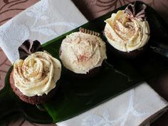 GALLETUCAS, galletas decoradas y galletas gourmet: CUPCAKES DE PACHARÁN