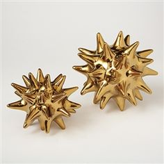 I want these for my desk! (Global Views Gold Urchin Object, via Zhush)