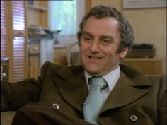 Detective Of The Day: D.I. Jack Regan from The Sweeney played by John Thaw