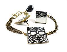 Bracelet  and earrings / Bracelet et boucles d'oreilles tissu et dentelle  www.kitokodesign.com