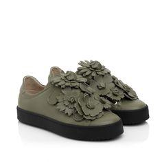 KACHOROVSKA/ olive leather sneakers