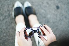 round mirrored sunnies