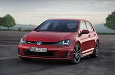 """GTD – these three letters say it all. They stand for """"Gran Turismo Diesel"""" – the long-distance express car of the Golf range. Now there is a new Golf GTD. Volkswagen Golf 5, Vw Golf Gtd, Volkswagen Golf Variant, Vw Golf Variant, All Cars, Used Cars, Cars Uk, Cabrio Vw, Automobile"""