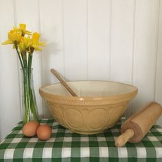 Vintage T G Green & Co Mixing Bowl, Traditional Mixing Bowl, Iconic Design, Cane Bowl by Papillonpieces on Etsy