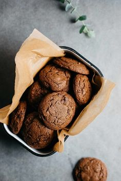 double chocolate gingersnaps (gf + df) — dolly and oatmeal Gluten Free Cookies, Gluten Free Desserts, Delicious Desserts, Yummy Food, Sweet Desserts, Slow Cooker Desserts, Baking Recipes, Cookie Recipes, Dessert Recipes