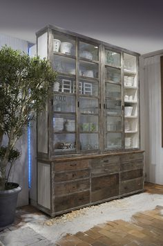 Retail Storage for salon. Rivièra Maison - Your Way of Living - Website Interior Design Living Room, Interior Decorating, Room Deco, Deco Design, Cool Ideas, Furniture Inspiration, Home And Living, Sweet Home, New Homes