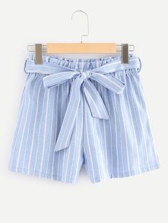 Shop Self Tie Waist Striped Shorts at ROMWE, discover more fashion styles online. Cute Casual Outfits, Sporty Outfits, Summer Fashion Outfits, Cute Summer Outfits, Outfits For Teens, New Outfits, Girl Outfits, Cute Shorts, Striped Shorts