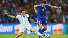 Argentina, con sudor y sangre (2-1) - De la mano de un soberbio gol de Lionel Messi, Argentina consiguió sus primeros tres puntos de la Copa Mundial Brasil 2014 al derrotar 2-1 a Bosnia y Herzegovina este 15 de junio en el Estadio Maracana de Río de Janeiro. http://www.1502983.talkfusion.com/