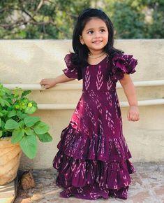 Pretty Dresses For Kids, Dresses Kids Girl, Baby Pageant Dresses, Baby Girl Dress Design, Girls Frock Design, Cotton Frocks For Kids, Frocks For Girls, Kids Dress Wear, Kids Gown