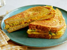 Get Egg and Cheese Bread Omelet Recipe from Food Network Best Egg Recipes, Brunch Recipes, Dinner Recipes, Favorite Recipes, Tofu Recipes, Yummy Recipes, Breakfast For Dinner, Breakfast Dishes, Breakfast Recipes