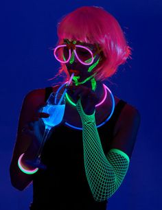 Party Box, Drive In, Theme Nouvel An, Blacklight Party, Neon Party, Festivals, 22 Years Old, Pajama Party, Creative Portraits