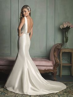 Allure Bridals : Allure Collection : Style 9106 : Available colours : White/Silver, Ivory/Silver, Champagne/Silver (back)
