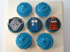 1000 images about doctor who bday on pinterest tardis for Giant cupcake liner template